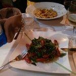 Primo di mare, e secondo vegetariano con scamorza di bufala alla piastra - che bontà!