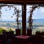 Ristorante Umbria - good food in an exceptional location.