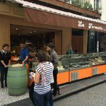 our kerbside cheese tasting in a foodie street in Marais
