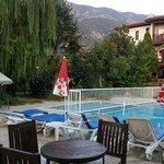 Salhan pool area