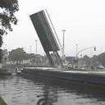 Pont levant à Sint-Leonardusbrug Bruges