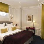 Bourgogne et Montana Hotel