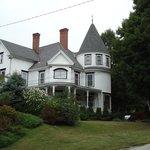 Glynn House