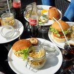 4 burgers