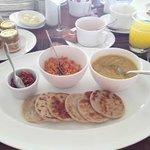 sri lankan breakfast: roti and dhal curry