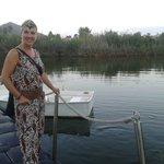 lago y embarcadero