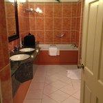 huge batroom