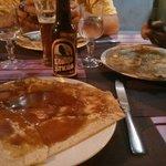 Crêpe au caramel au beurre salé et une  excellente bière... :-))