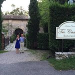 Studentessa Matta with her husband in front of Tre Camini