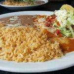 Cheese enchilada & Shredded beef taco
