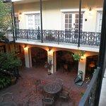 courtyard view of rooms with breakfast below