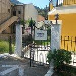 Indgang til Villa Olga