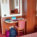 """Habitación pequeña con diseño """"vintage"""" (se quedó en el tiempo!)"""