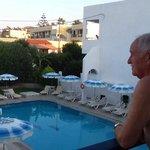 vue de notre balcon ouest avec Charles Domon