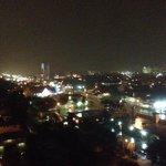 Aussicht auf Fort Lauderdale aus dem 11. Stock in der Nacht.