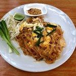 Pad Thai Chicken ��
