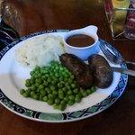 Aussie beef sausages/vegies.