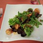 Entrée : salade aux crevettes