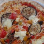 Pizza with brie & eggplant.