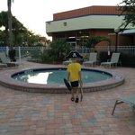 Kiddie pool - huge and clean