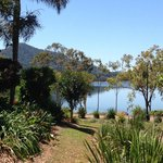 Tinaroo Lake Resort Garden