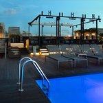 Skybar Pool10