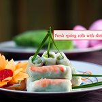 Fresh spring rolls with shrimp and pork