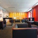 Lounge mit Fumoir