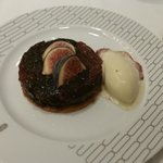Thin chocolate and raspberry palet