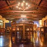 Restaurante estilo neocolonia