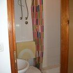 Baño-especial atención en la cisterna..
