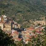 Il paese di San Piero Patti (a 2 km)