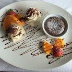 Tortino al cioccolato con fragole e arancia! Divino!!!