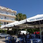 Saronis taverna in front of the waves