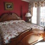 Bed in Harbor Suite