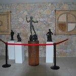 Copia de una escultura de Dalí