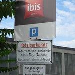 Sinalização sobre estacionamento Ibis Heidelberg