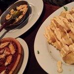 patatas bravas y pulpo a la gallega