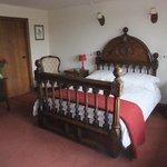 Shire bedroom