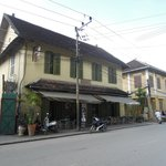 nice building with colonial style