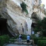 Grotta dei cordari e grotta del Salnitro.