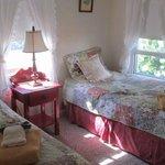 Bedroom, 2 twin beds