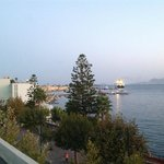 Vista dalla terrazza verso il porto