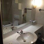 Panorama Hotel - Bathroom