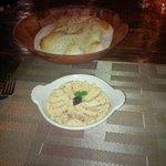 Hummus w/Lavash Bread