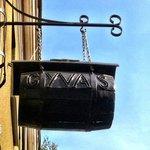 Gyvas pub