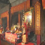 Pek Tai Temple shrines