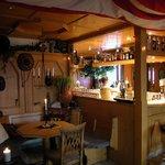 Die beliebte Afrika-Ecke mit der hinteren Teil der Bar