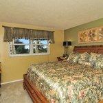 Condo 210- 2 Bedroom- 1 Bath