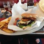 En Burger, der vil noget, supermætte det blev vi :-)